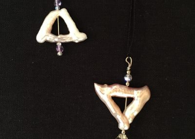Earrings - Triangle Pearls w:Swarovski crystal & glass beads